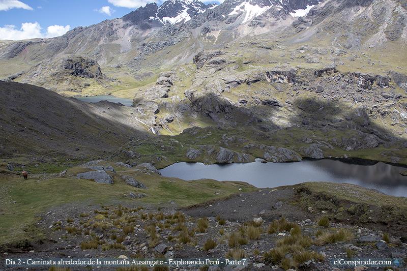 Laguna Laikacocha (lado derecho).
