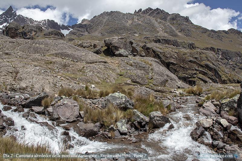 Río proveniente de la Laguna Pucacocha.